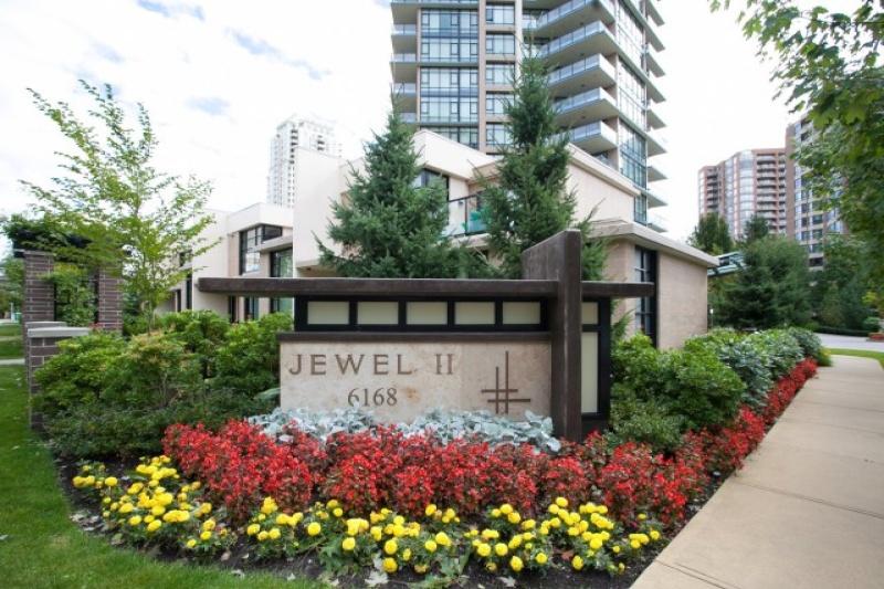 6168 Wilson Avenue, ,Metrotown Condo,Condo Building for Resale,6168 Wilson Avenue,1033